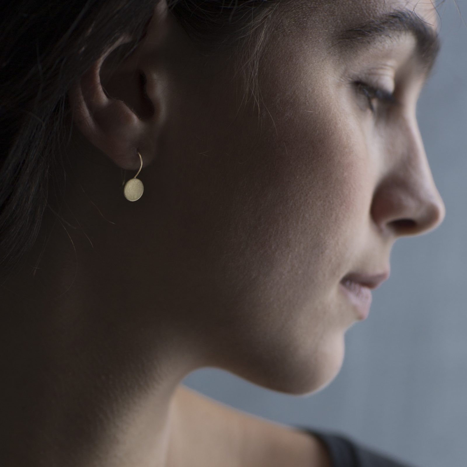 Sia Taylor KE15 Y Yellow Gold 8mm Moon Drop Earring M