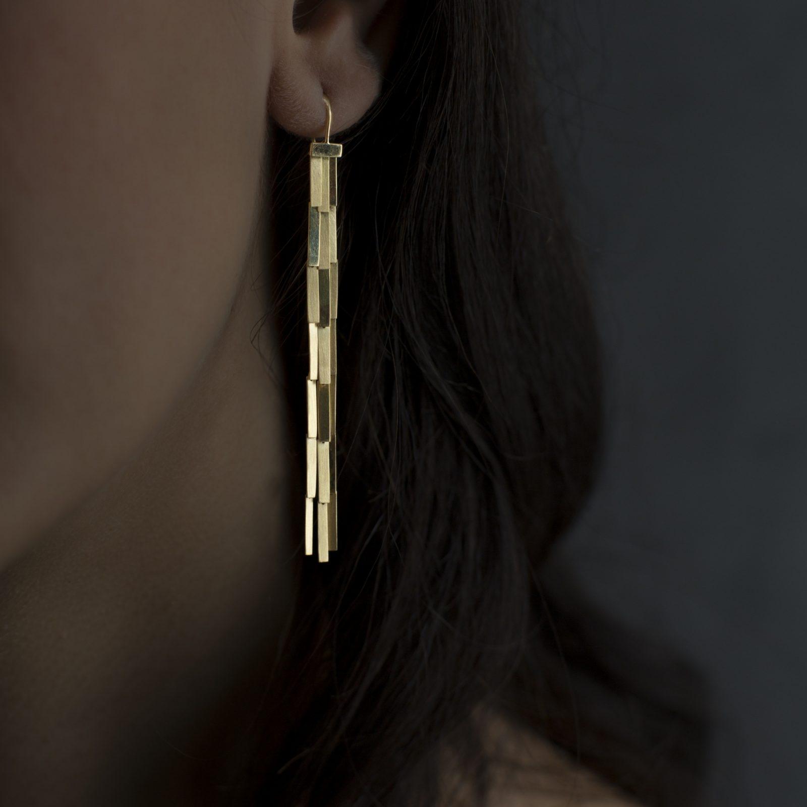 Sia Taylor KE1 Y Yellow Gold Rain Earring M