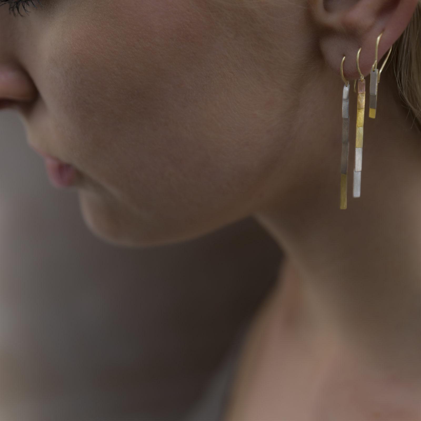 Sia Taylor KE34 YWP Rainbow Gold Sunset Earring M