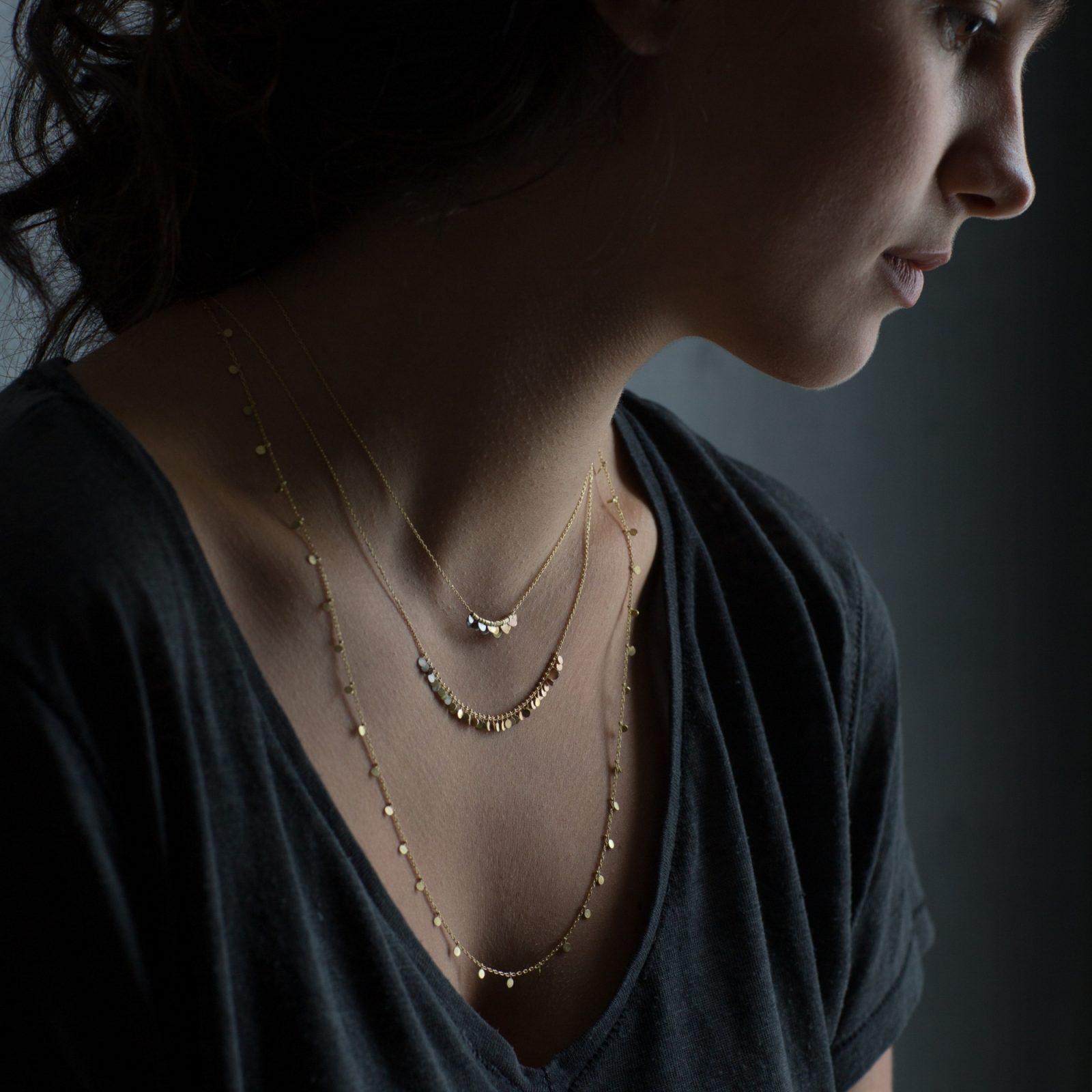 Sia Taylor KN14 YRAIN Rainbow Golds Tiny Flora Necklace M