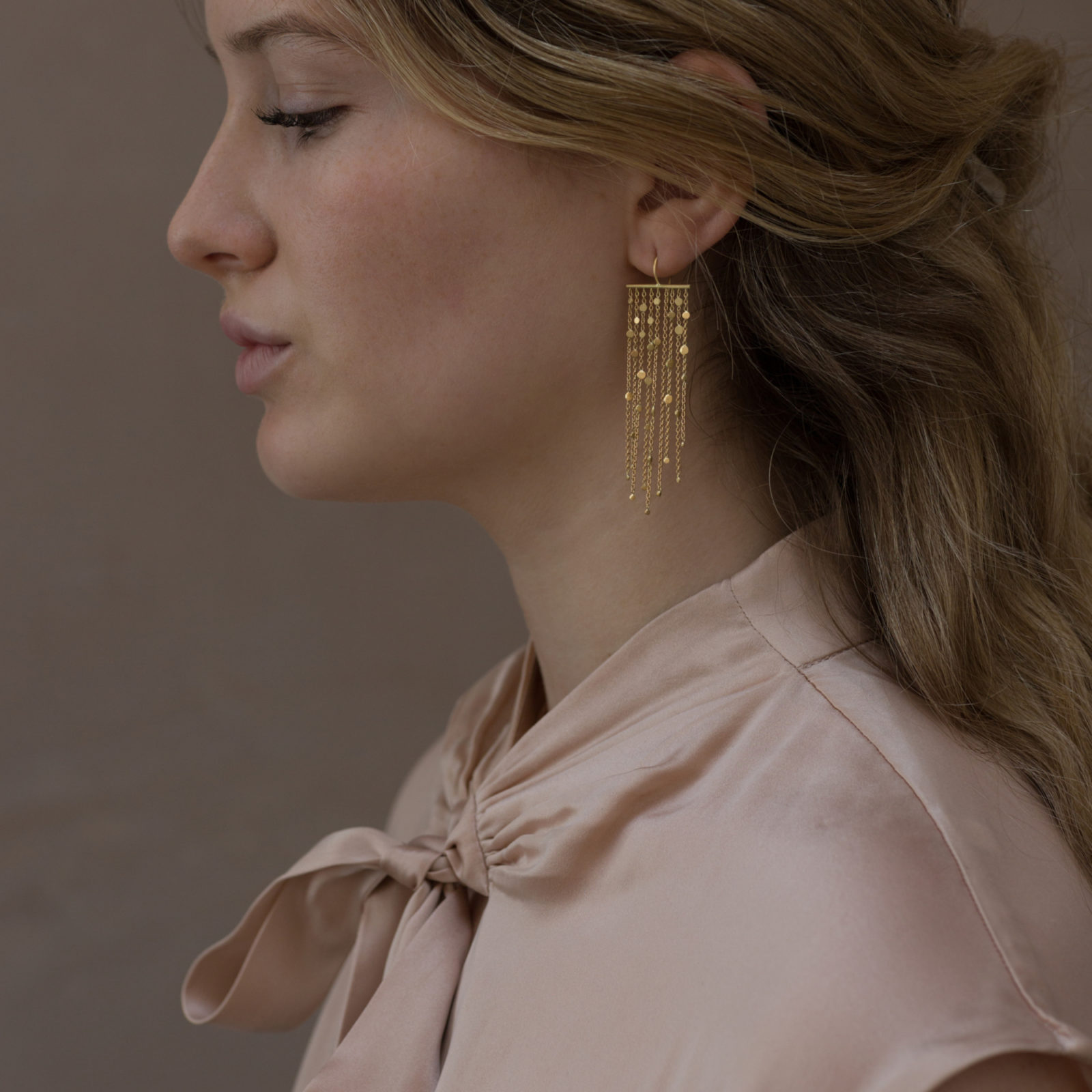 Sia Taylor SE1 Y Yellow Gold Falling Dust 9 Strand Earring M