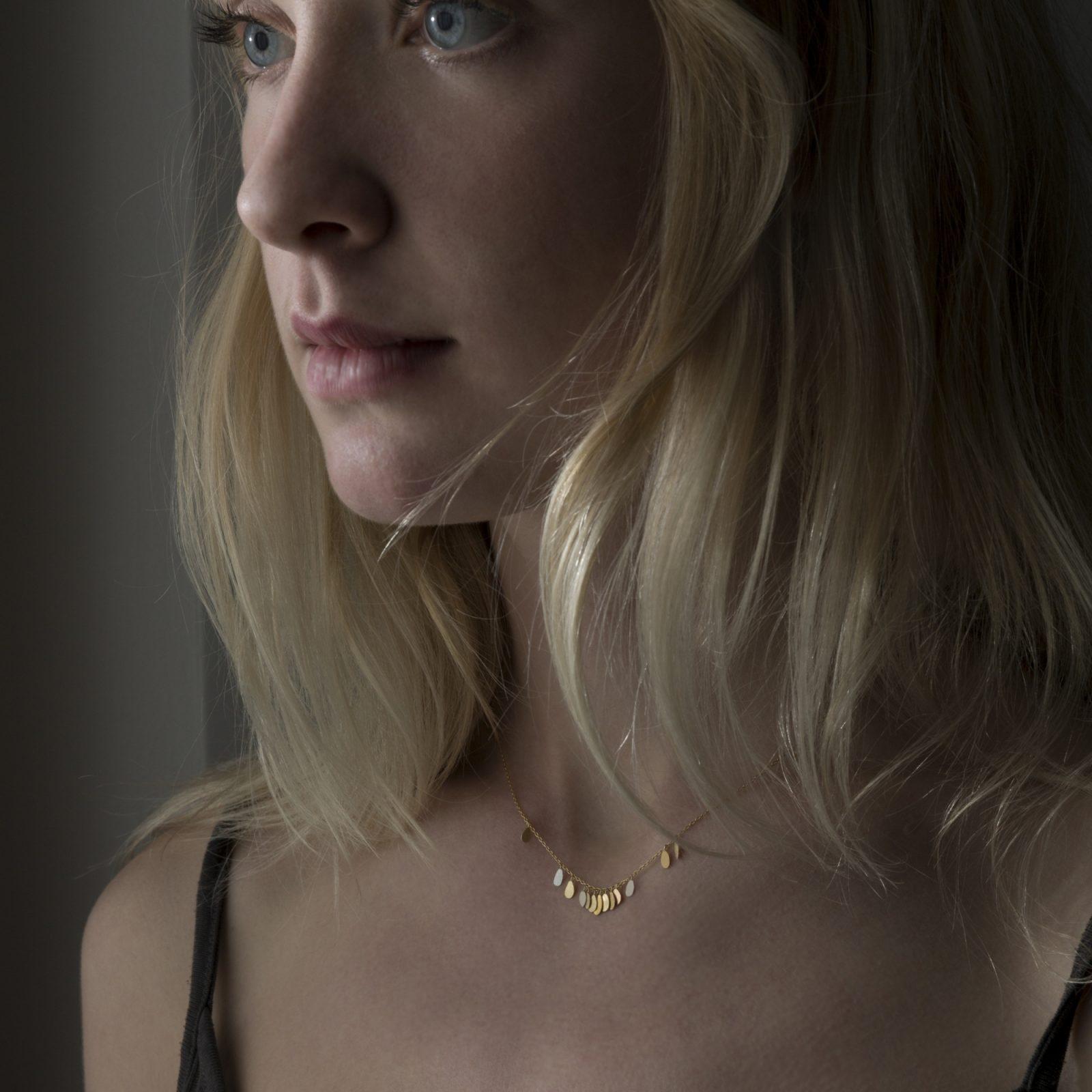 Sia Taylor TN2 YMIX Tiny Raindrop Gold Necklace M